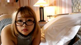 【個人撮影】りお22歳 メガネが似合う美人のご奉仕テク。 最後はがっつり大量中出し。